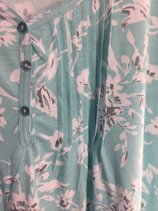 100% Cotton Knit Short Sleeve Front Pleat Chemise 1555C - Mint Floral