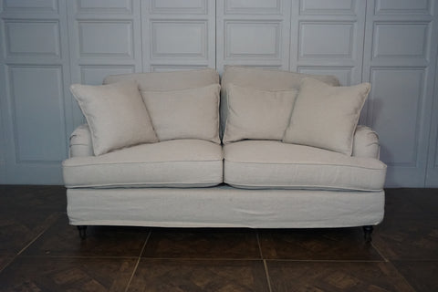 HASTINGS 2.5 SEATER SOFA - CLOSING DOWN PRICE - WAS $2195
