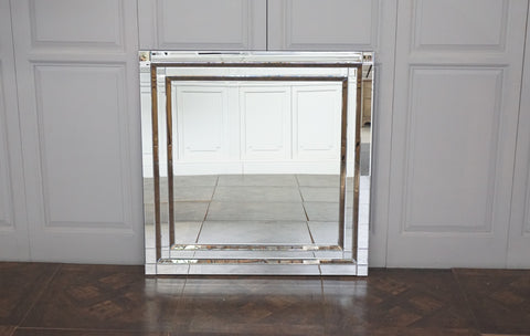 CHELSEA MIRRORED DECO MIRROR - SQUARE