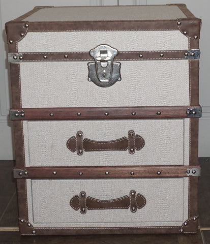 Boston End Trunk - CLOSING DOWN PRICE - WAS $495 !