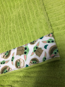 Hooded Towel - Green with Yoda