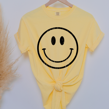 Jumbo Smiley face graphic tee - makaylagrace