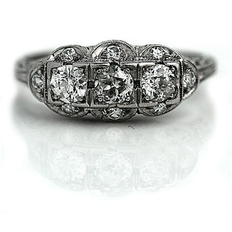 https://vintagediamondring.com/collections/art-deco-engagement-rings