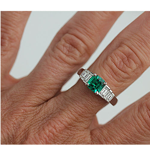 Vintage Emerald 1.24 Carat Diamond Platinum Ring GIA