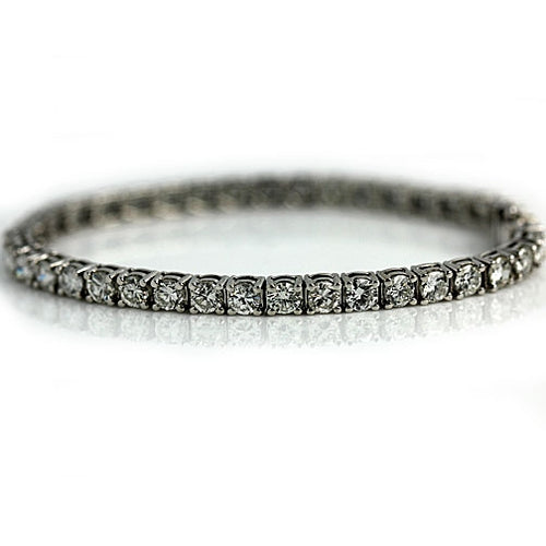 Vintage Straight Line 18Kt White Gold Diamond Tennis Bracelet