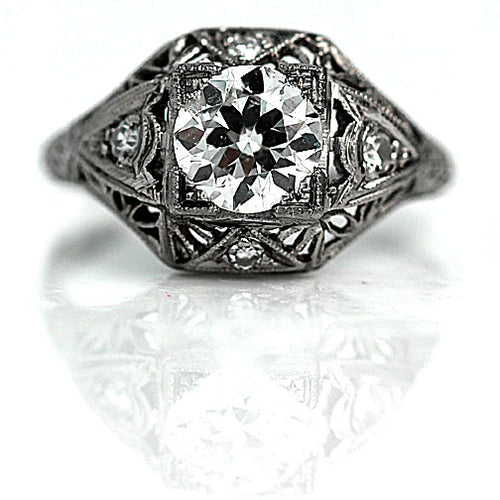 Art Deco 1.01 Carat Platinum Engagement Ring