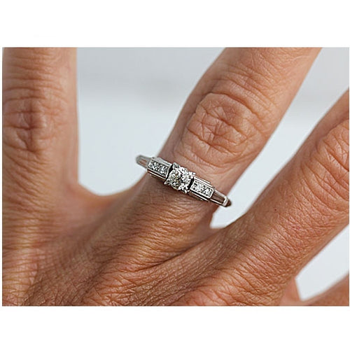 Art Deco .25 Carat Diamond Platinum Engagement Ring