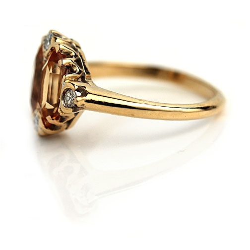 Vintage Kite Shape Topaz Ring 2.10 Carat