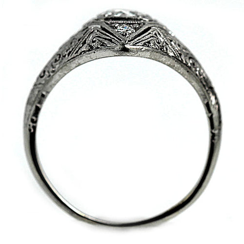 Edwardian Engagement Ring in 18 Kt White Gold