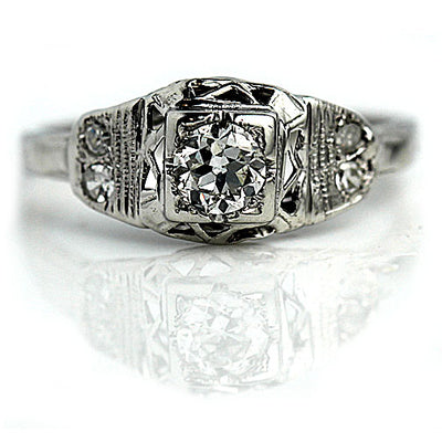 Vintage Diamond Engagement Ring with Milgrain