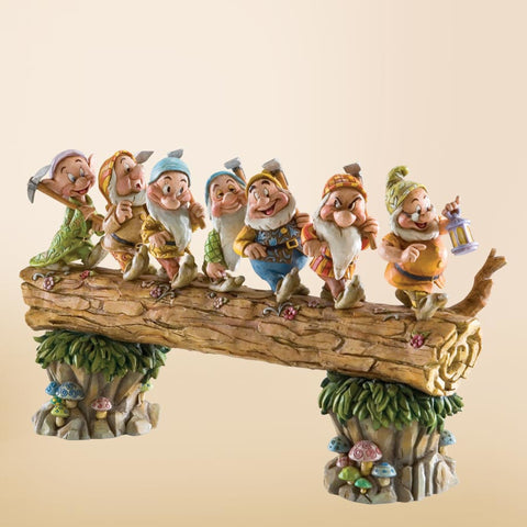 Enesco Disney Traditions: Seven Dwarfs Homeward Bound (Re-offer)