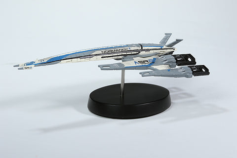 DARK HORSE Normandy SR-2 Ship Replica Remaster - Mass Effect