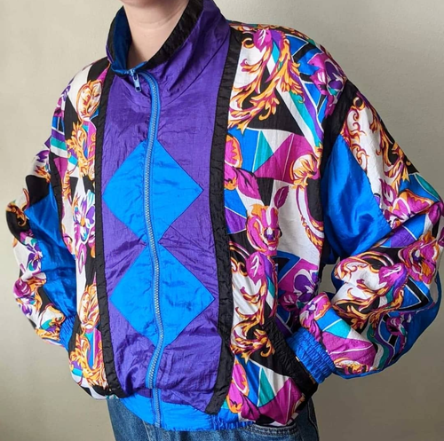 MALL WALKER WINDBREAKER