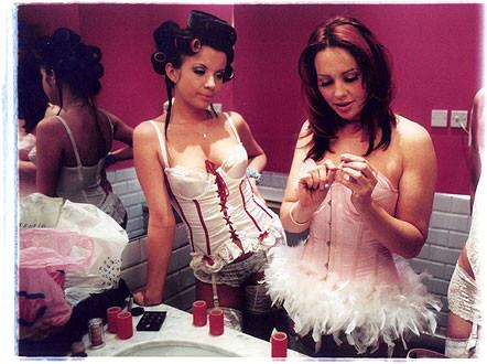 Maya & Sophie - Backstage, 'The Whoopee Club', London 2003