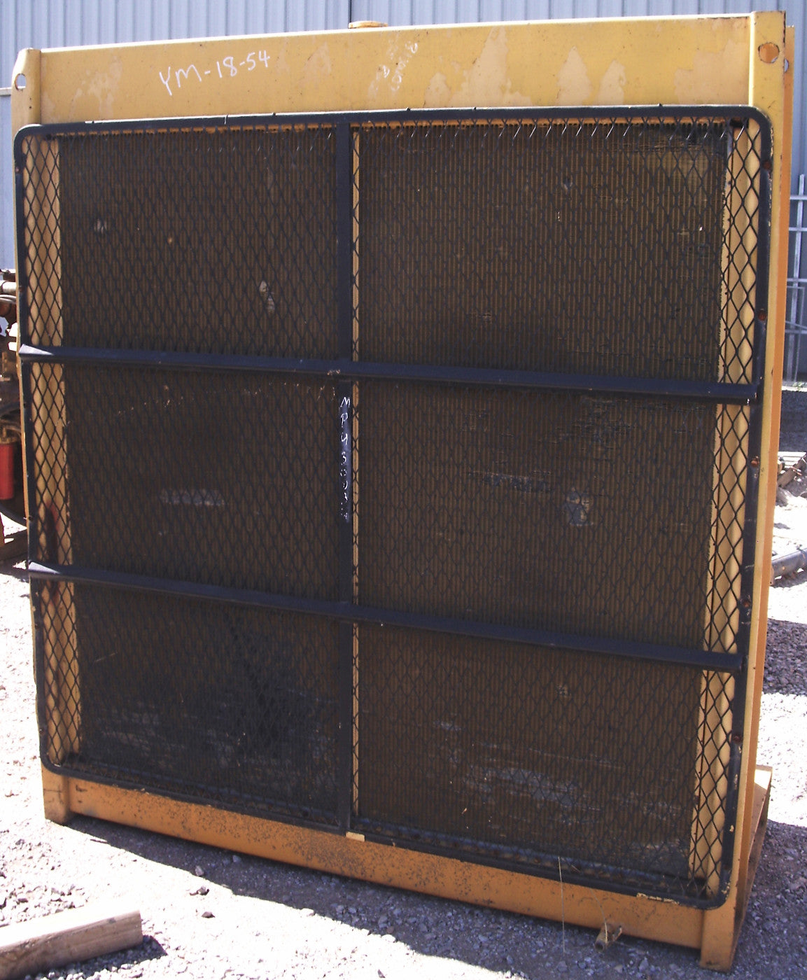 CATERPILLAR 32 SQ FT RADIATOR