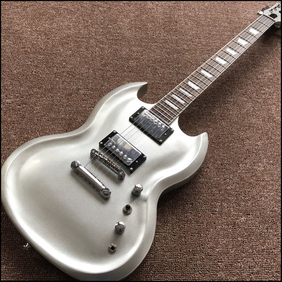 Metallic Silver Knight SG color with chrome hardware ,