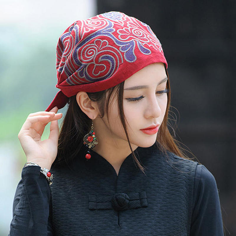 Womens Ethnic Vintage Embroidery Flowers Breathable Beanie Hat Casual Adjustable Turban Caps