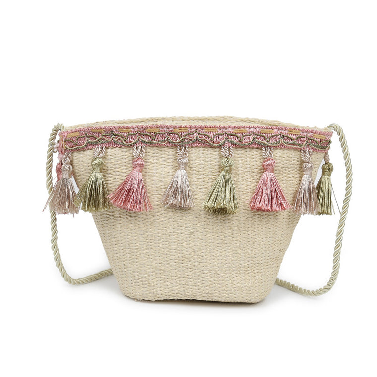 Fringed ethnic style diagonal shoulder beach bag rattan straw bag