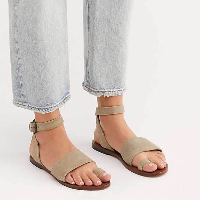 Women's Summer Toe Ring Flat Buckle Strap Plus Size Sandals