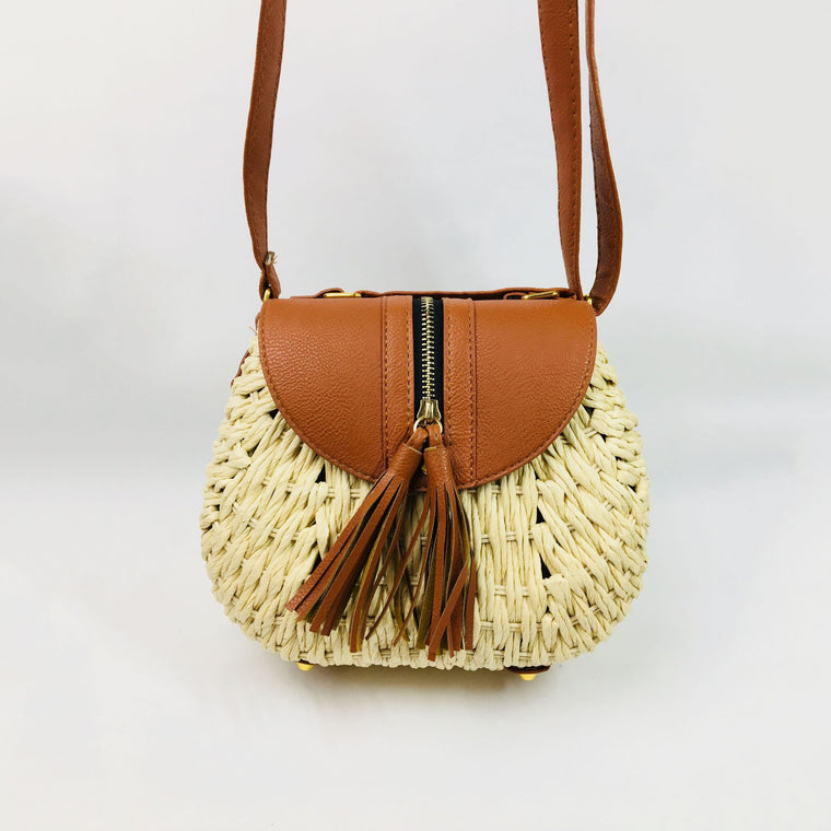 Tassel new straw messenger bag