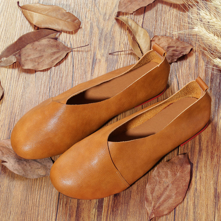 Women Leather Hand-Sewn Flexible Comfortable Flat Loafers