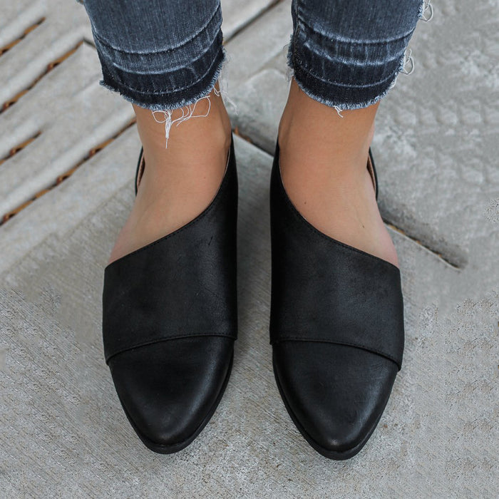 Side Cut Pointed Toe PU Loafers