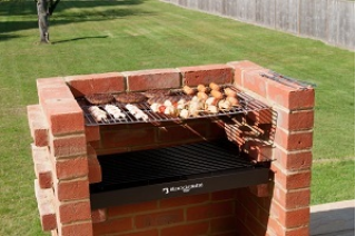 DELUXE BRICK BBQ WITH STAINLESS STEEL GRILL - BKB 400