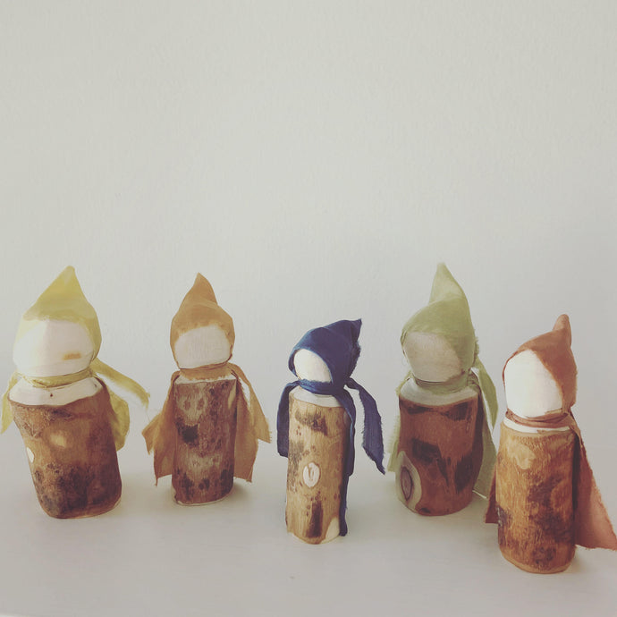 Wood Folk Family of Five