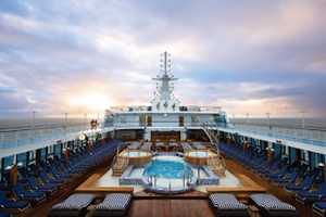 Oceania Cruises sets booking record with 2022 summer season launch