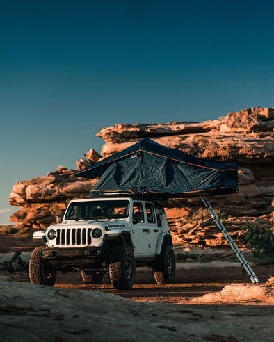 ROAM ADVENTURE VAGABOND ROOFTOP TENT with Annex