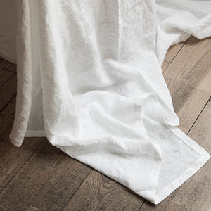 XXL white linen tablecloth