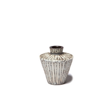 Load image into Gallery viewer, Vase Sonja Mini Stripe