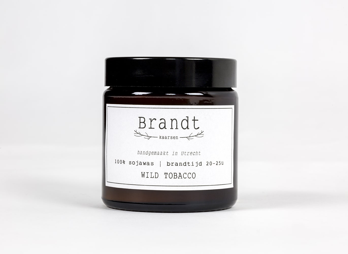 Wild Tobacco Soy candle- Brandt