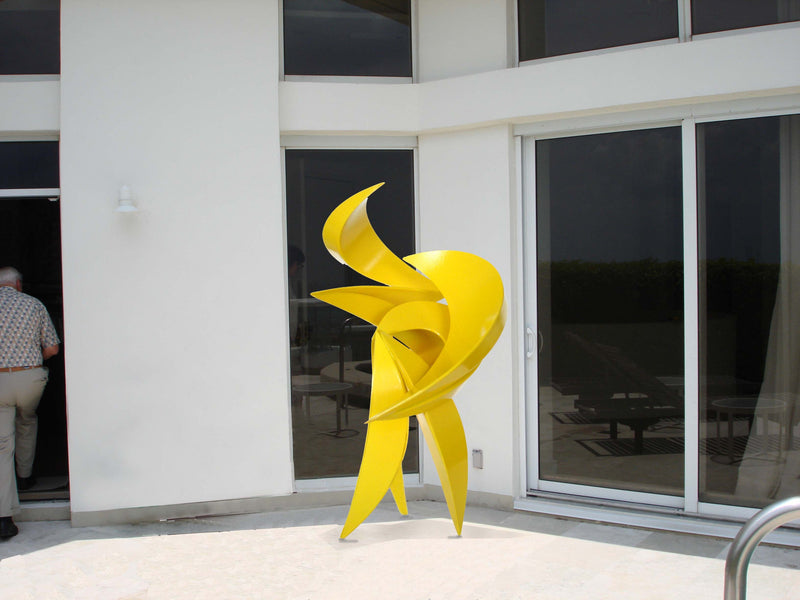 Carlos Gonzalez, sculptor - Miami Herald article, Feb. 2007