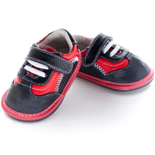 A Front view of Jack and Lily Finn boys minimalist shoes healthy toddler shoes