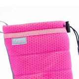 Picture of the top toggle closure of minimalist KIUU waterproof pink boot for girls