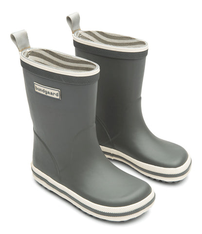 A side view of a pair of Bundgaard's Cool Grey Classic Rubber Boot children's barefoot boots