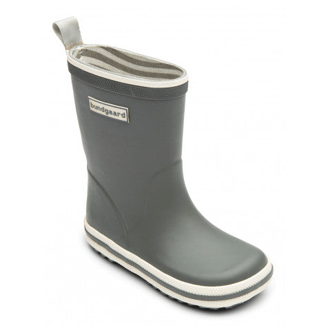 A side view of a Bundgaard's Cool Grey Classic Rubber Boot children's barefoot rainboots