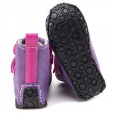 Picture of the flexible vibram sole of zeazoo yeti boot minimalist boots for kids
