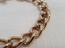Load image into Gallery viewer, A thick 9ct gold chain link bracelet (23cm long)