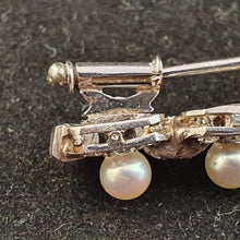 Load image into Gallery viewer, An exquisite vintage Pearl and Diamond brooch set in Platinum with 5 Pearls 44 diamonds