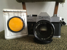 Load image into Gallery viewer, Canon FTb 35mm SLR film camera Vintage 1970s