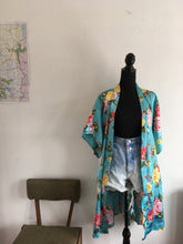 Load image into Gallery viewer, Vintage & Vibrant floral Kimono robe