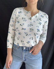 Load image into Gallery viewer, Vintage Floral Partial Button Front Long Sleeve