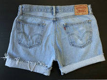 Load image into Gallery viewer, Levi's 505 Lightwash Cutoff Shorts