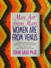 "Load image into Gallery viewer, ""Men Are From Mars, Women Are From Venus"" 1992 Vintage Book"