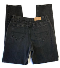 Load image into Gallery viewer, Vintage faded Lee Riders Jeans