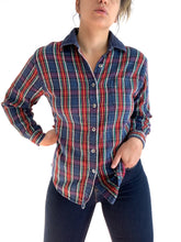 Load image into Gallery viewer, Vintage Wrangler Corduroy Plaid Button Up