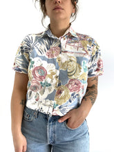 Load image into Gallery viewer, Vintage Abstract Floral Button Up
