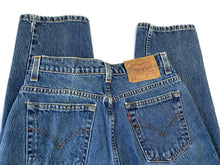Load image into Gallery viewer, Vintage Stonewash 512 Levi's